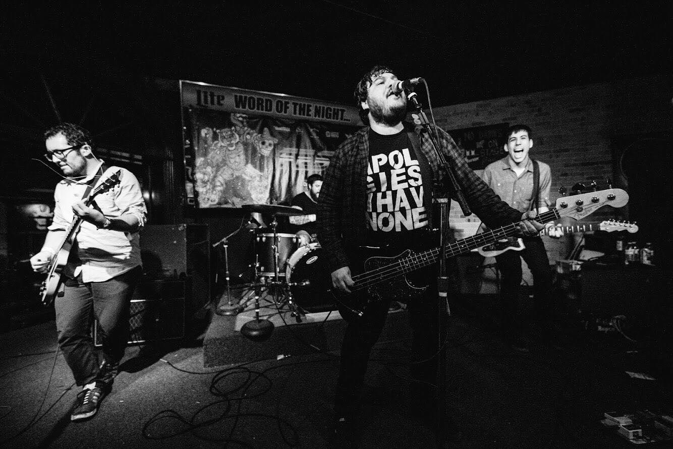 Photo by Tommy Calderon (@tommyycalderon)