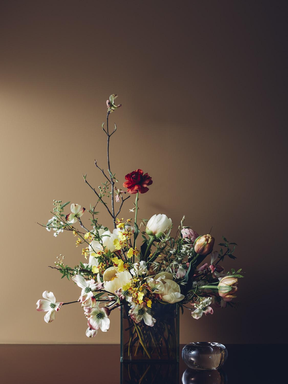 "GIARDINO Vase size: 5x5"" Approximate arrangement size: 12x16"" $175"