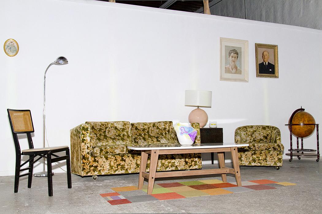 3.-The-Vortex-Project-LA_Flynn-Helper-Glass-Caroline-Geys_living-projection-wall_Photo-Martha-Galvan.jpg