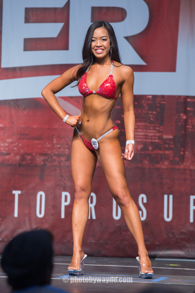 13-toronto-pro-supershow-bikini-model-search-competition.jpg