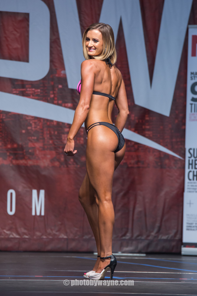 16-toronto-pro-supershow-fitness-model-search.jpg