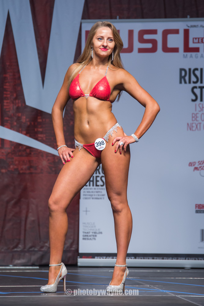 18-toronto-pro-supershow-fitness-model-competition.jpg