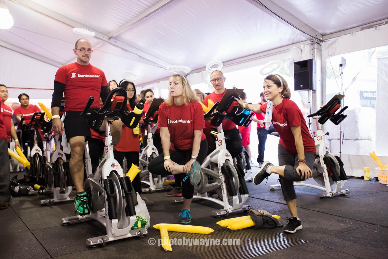 13-JDRF-Toronto-charity-ride-warmup.jpg