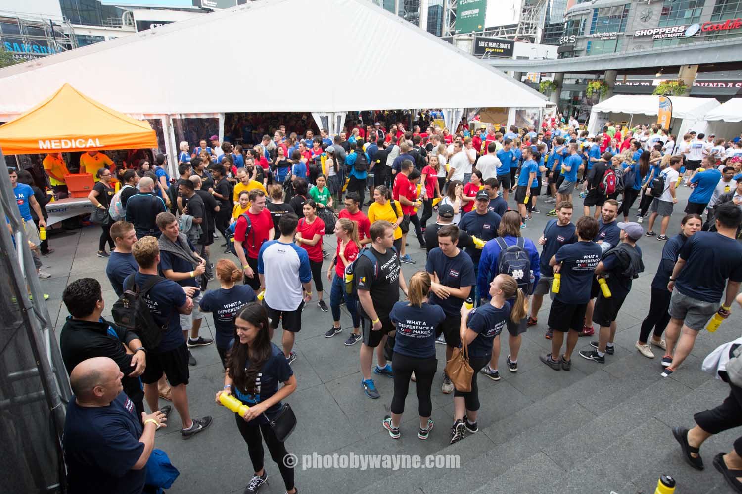 22-JDRF-Toronto-charity-ride-people-lineup-outside.jpg