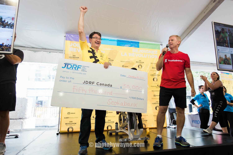 29-JDRF-Toronto-charity-ride-scotiabank-donation.jpg