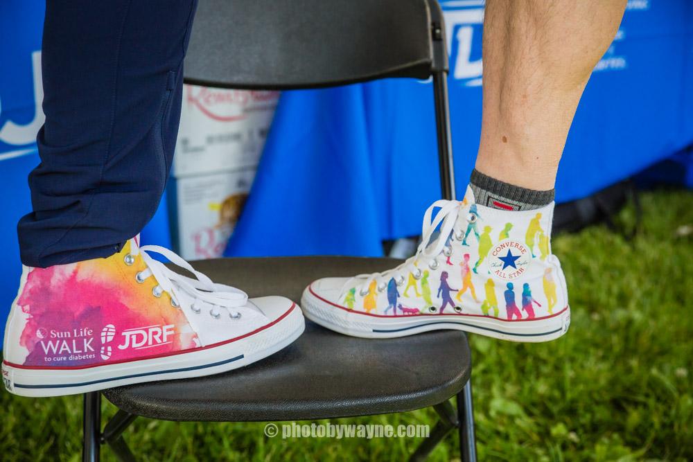 08-jdrf-charity-walk-shoes.jpg