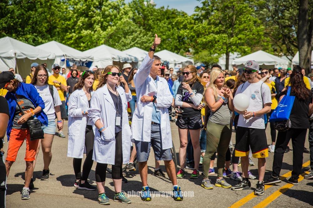 20-dr-michael-riddel-t1d-researcher-at-charity-walk-event-toronto.jpg