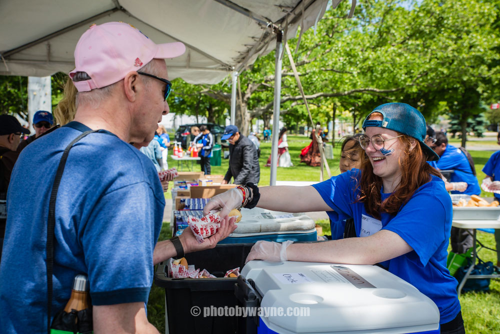 51-food-station-in-jdrf-charity-walk-event.jpg