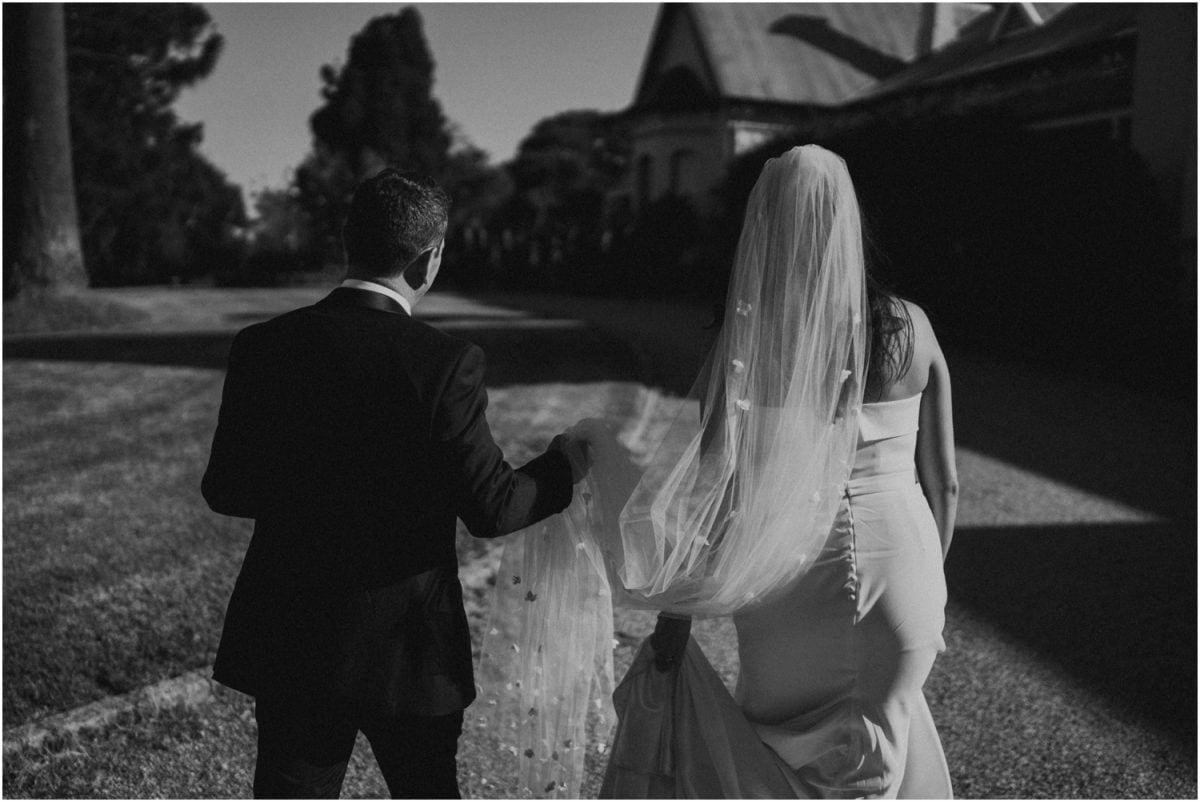 wagga-wedding-photographer-uneke-warehouse-borambola-wines-wedding_0079-1200x802.jpg
