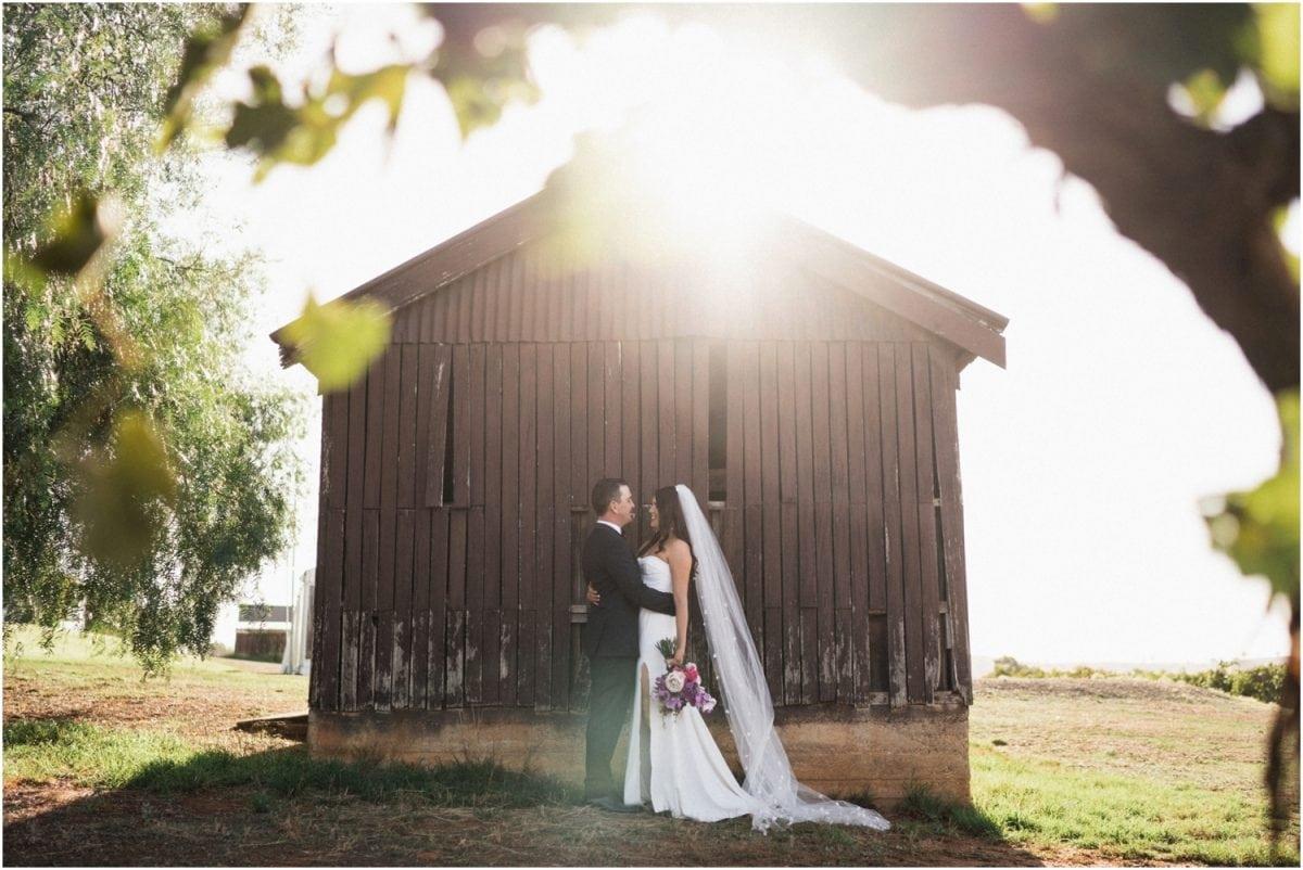 wagga-wedding-photographer-uneke-warehouse-borambola-wines-wedding_0089-1200x802.jpg