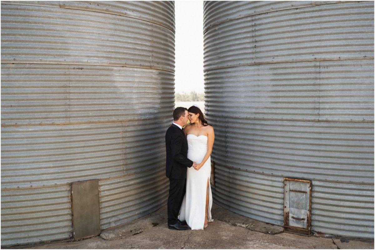 wagga-wedding-photographer-uneke-warehouse-borambola-wines-wedding_0099-1200x802.jpg