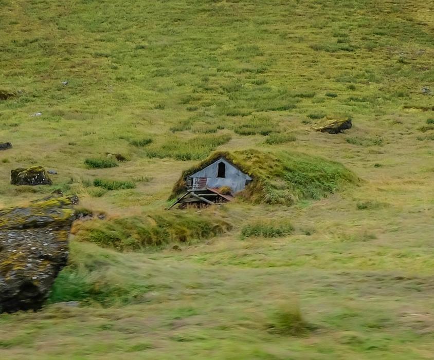 turf house.jpg