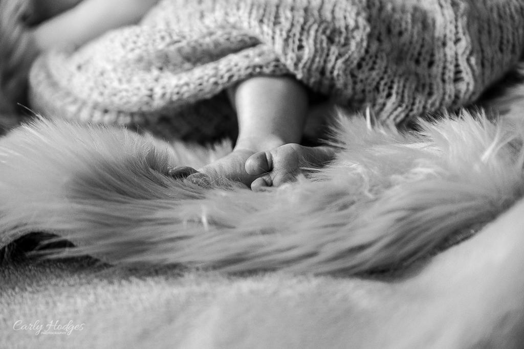 Caitlin Baby Shoot-10.jpg