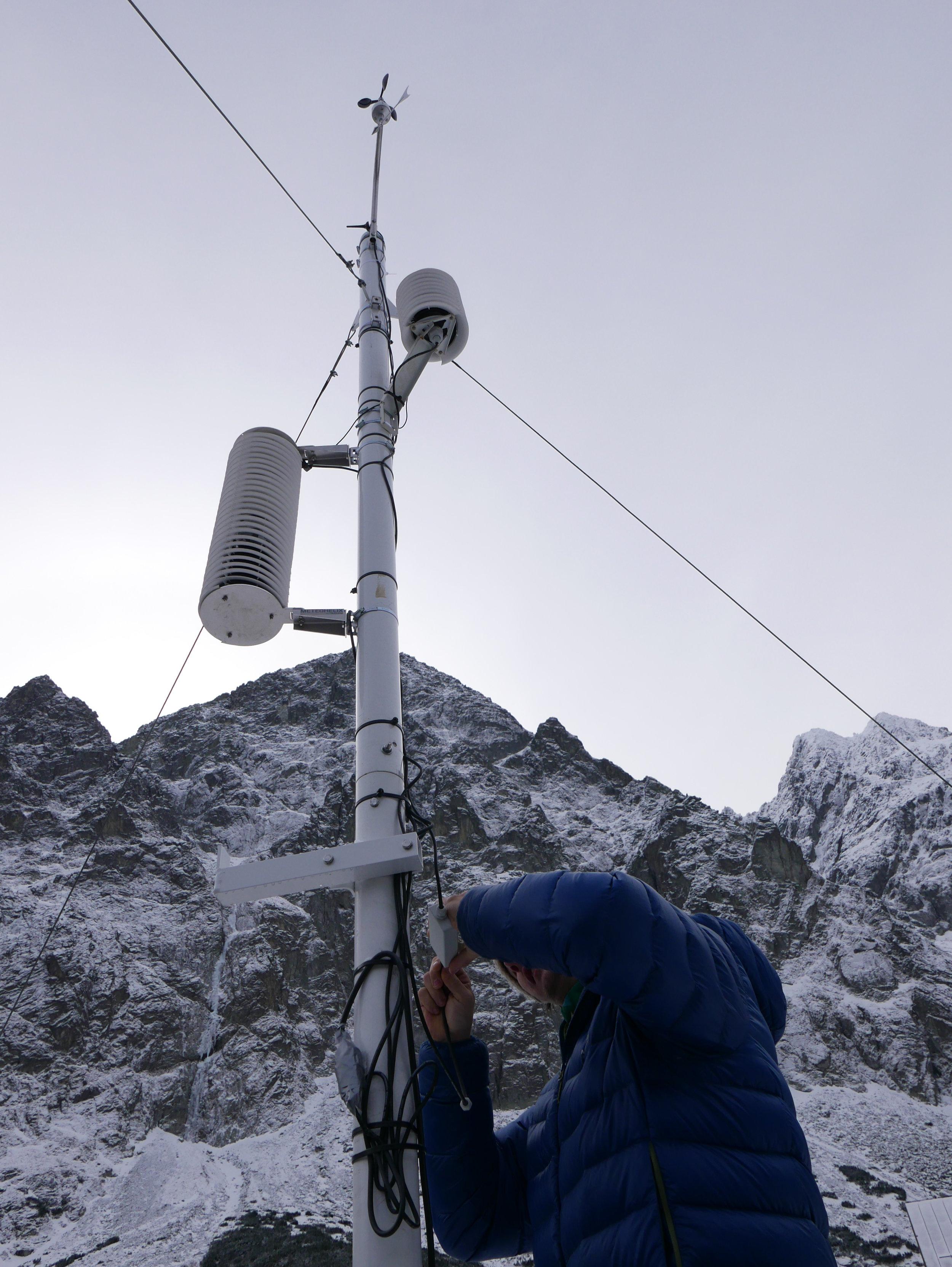 Sensor: MeteoHelix AWS. Location: Zelene pleso in the High Tatra mountains (Carpathian mountain range), Slovakia.