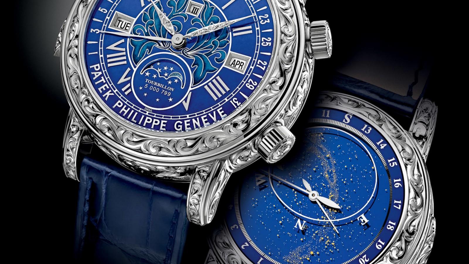 El Patek Philippe Sky Moon Tourbillon es un reloj mecánico que despliega la posición de las estrellas en tiempo real. En Costa Rica hay dos de 10 ejemplares únicos en el mundo, cotizados por más de $1M de dólares.