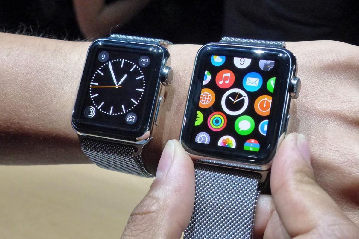 Apple Watch 38mm (izquierda) y 42mm (derecha).
