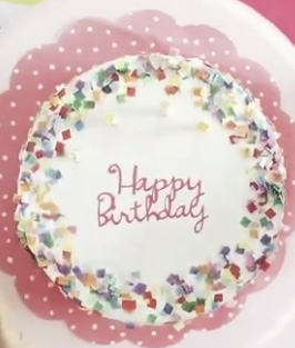 Confetti Cake from Damask Love…tons of fun without the calories!