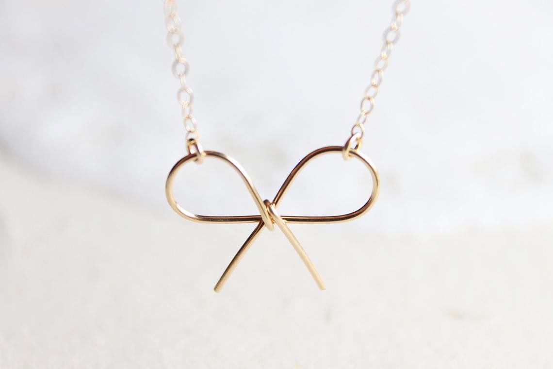 Every Belle needs a necklace that's perfect for everyday and this Etsy find delivers that dainty but busy touch to any outfit. Etsy Store :  Petitor