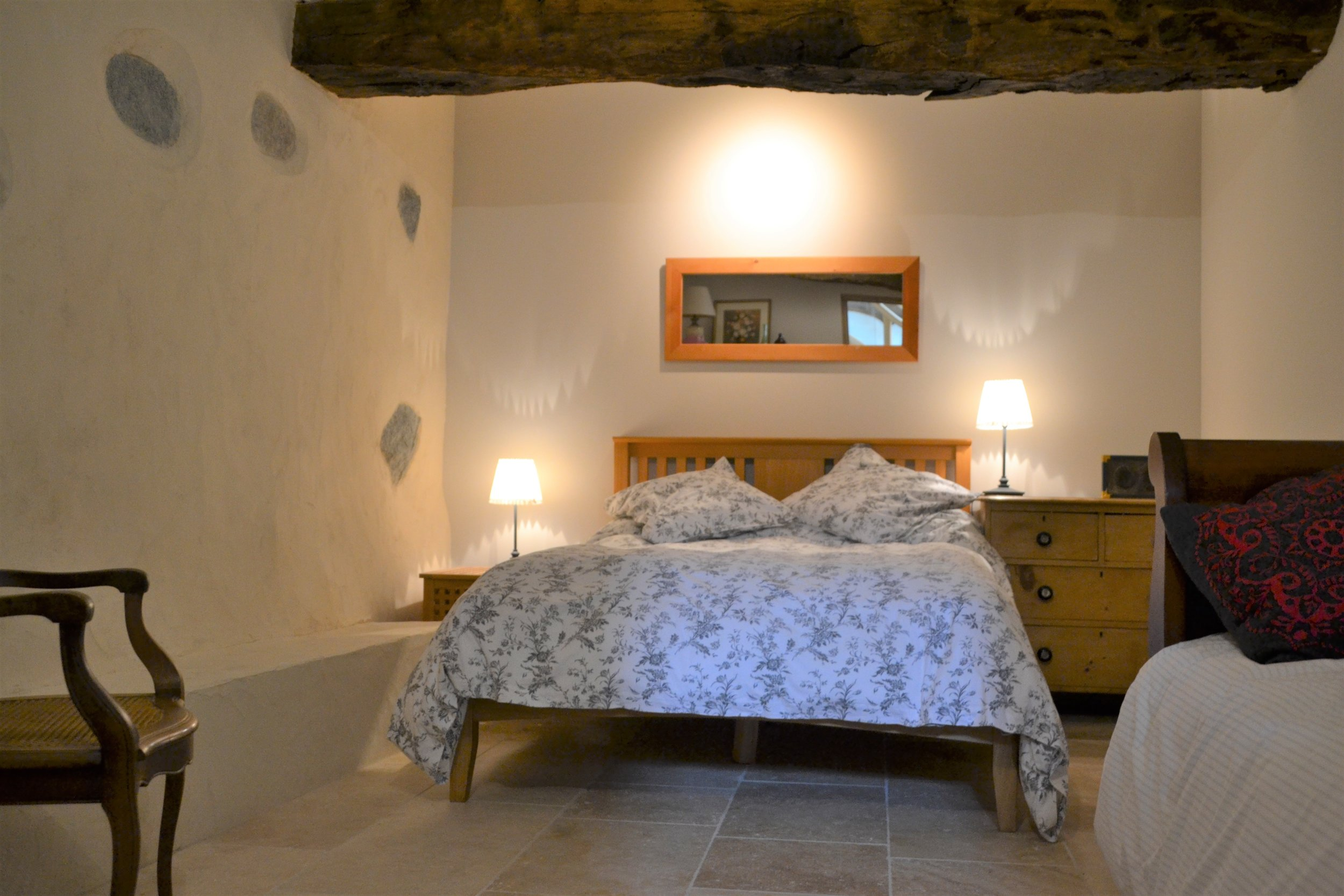 Bedroom 4 .. Chambre 4