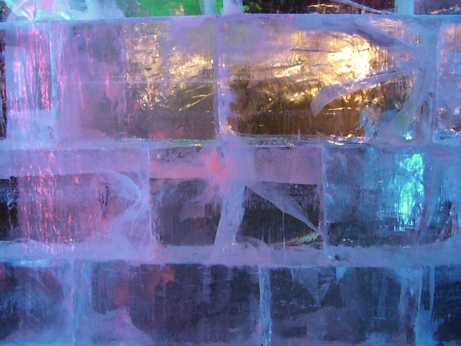 Beijing Ice Festival 250.jpg