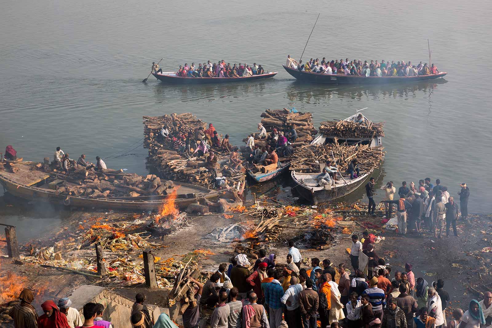 burning-ghats-varanasi-india.jpg