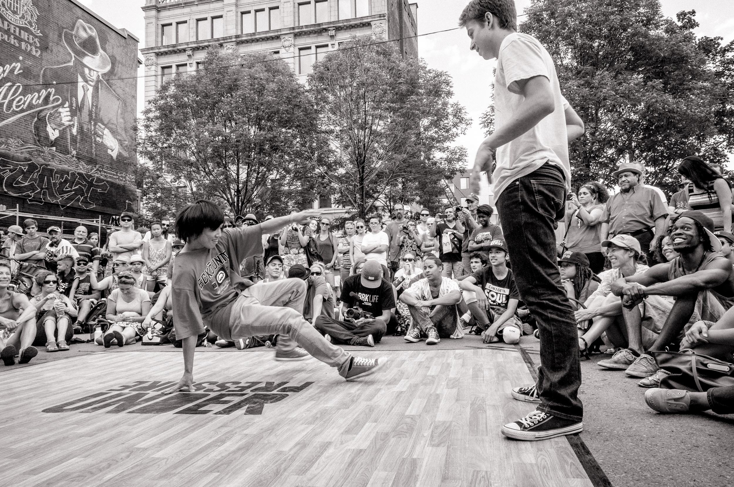 Under Pressure 2014:  Breakdance contest