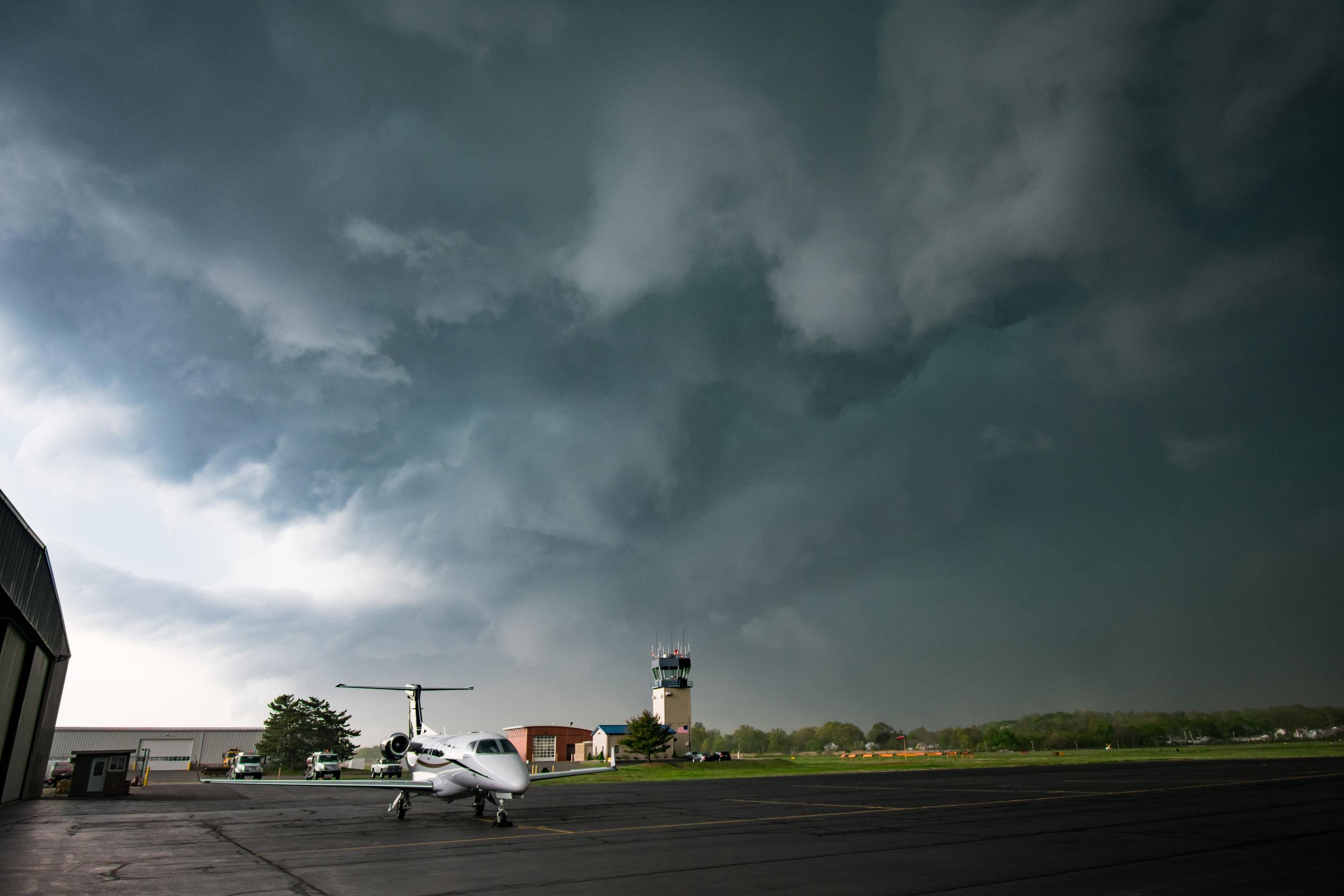 pre tornado clouds2.jpg