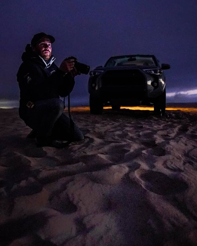 I'm sifting through a lot of footage from the past year and a half today, freeing up space on drives but this beauty had to stay... Captured my old pal Tom in his element taking photos as the sun went down over the dunes in San Luis... . . . #adventure #explore #travel #filmmakersworld #documentary #doc #directorofphotography #canonuk #canon #smallhd #gear #dop #paramo #paramokit #canon5dmiv #tvn #sunset