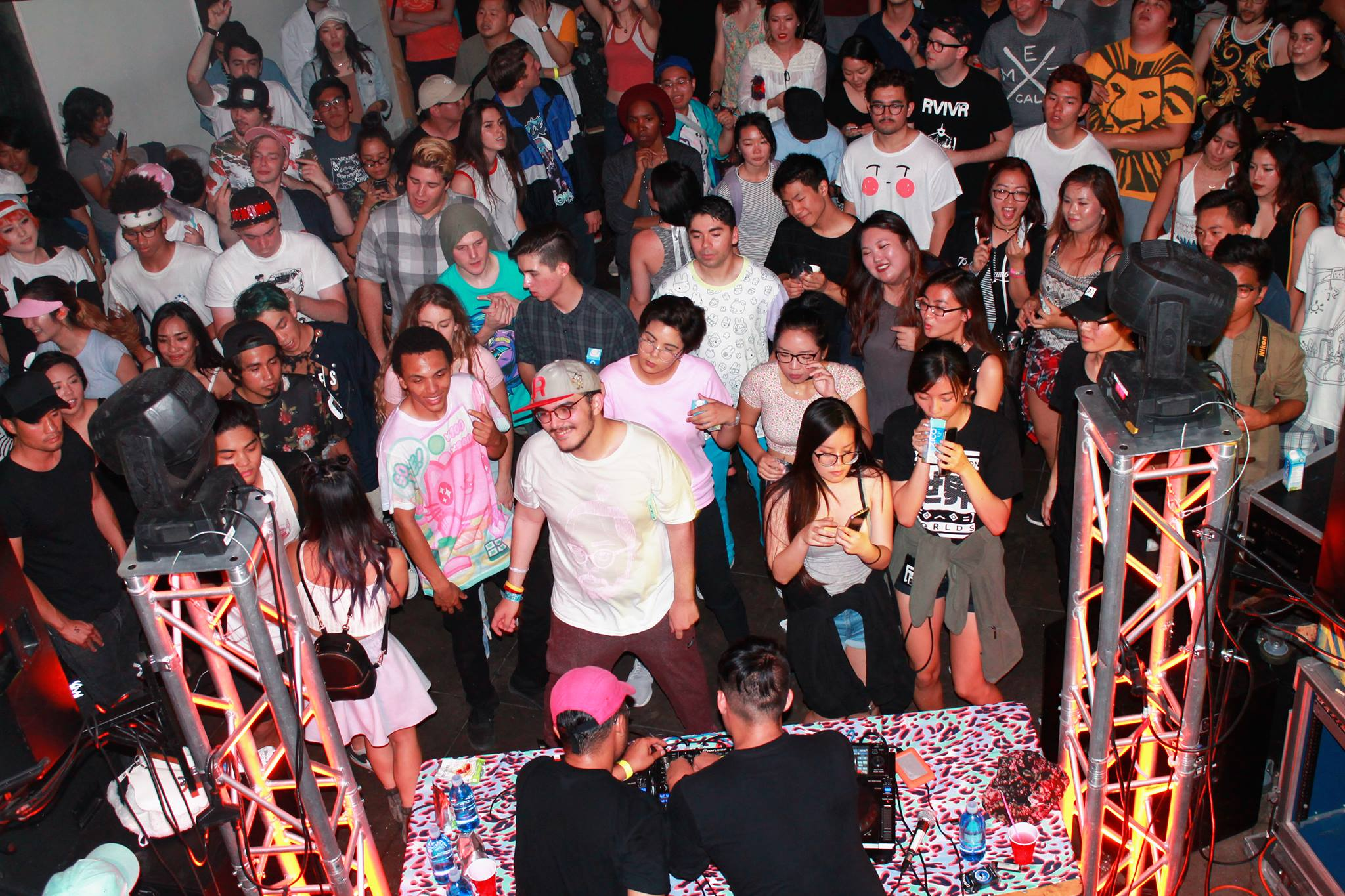 DUCKY // DJ Mit Limeade // tdoyle // OmniBoi // Bohkeh // Asian American Football - Click Here for more..