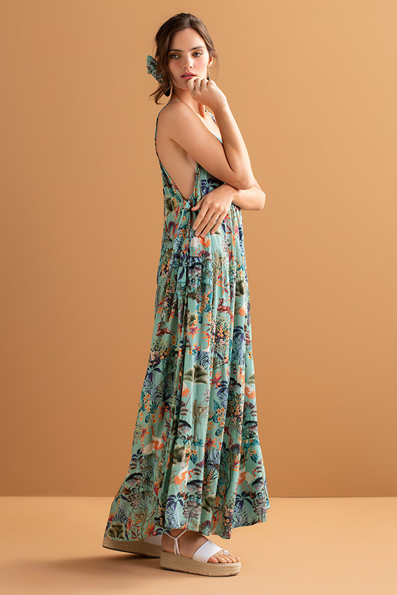 Maxi dress in green and colourful print fabric