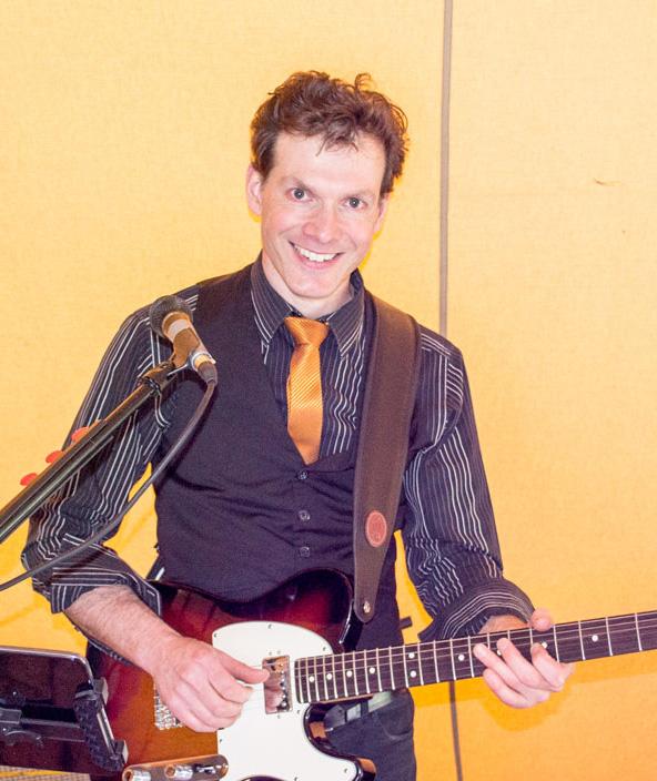 Ross, Guitarist, Vocalist