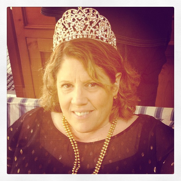 mom-with-crown.jpg