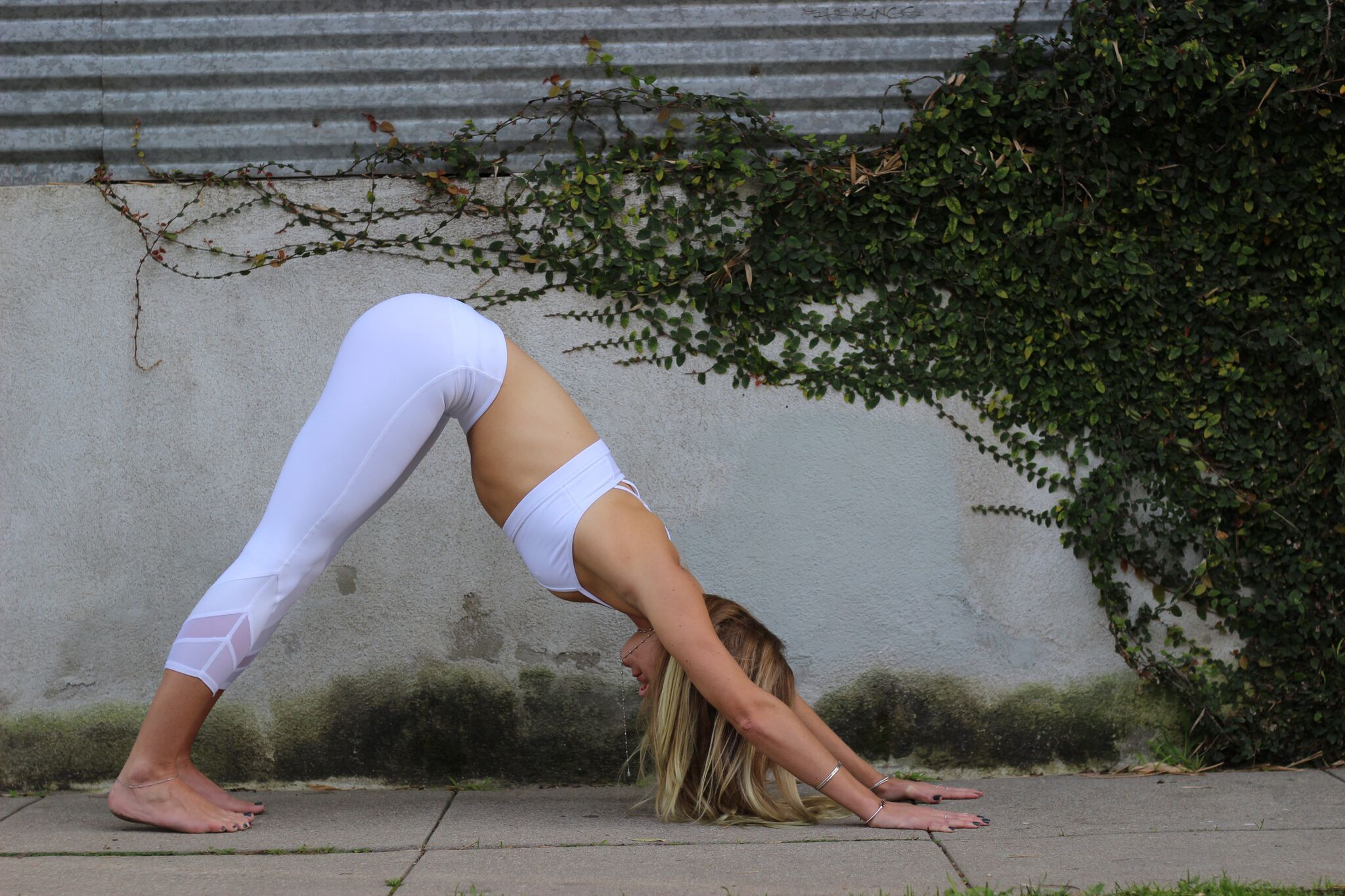 YOGA - CREATE SPACE IN YOUR BODY