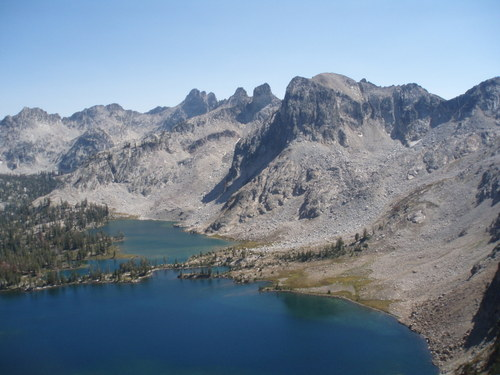 Twin lakes, looking down from Snowyside Pass.