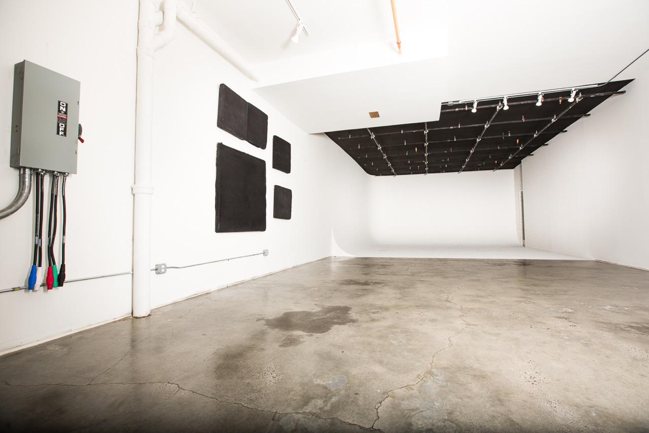 soundstage-white-cyc-studio-nyc.jpeg
