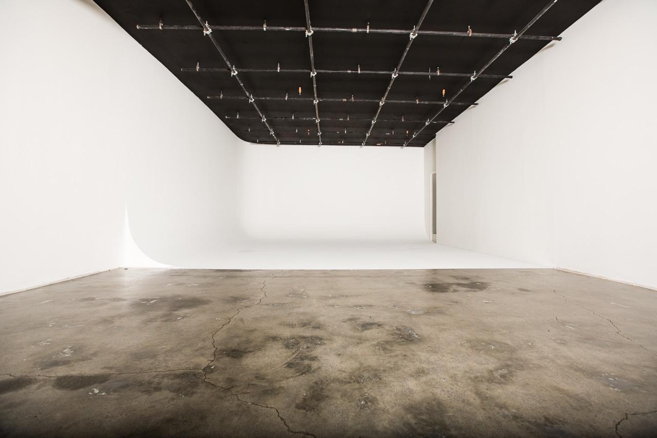 white-cyc-studio-nyc.jpeg