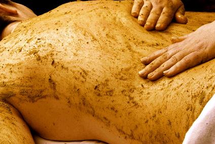 Udvartana - dry herbal massage