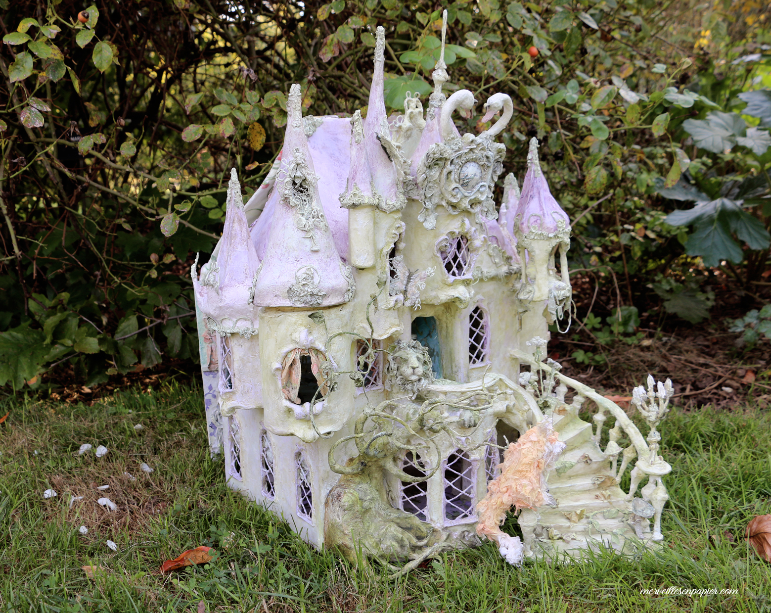 miss-havisham's-dollhouse-9.jpg
