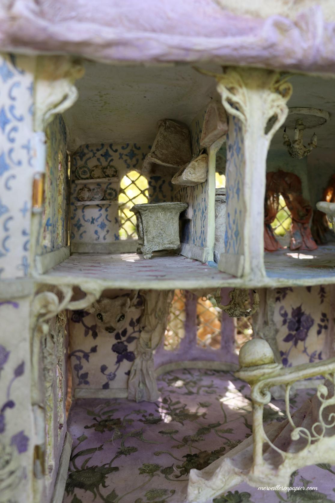 miss-havisham's-dollhouse-4.jpg