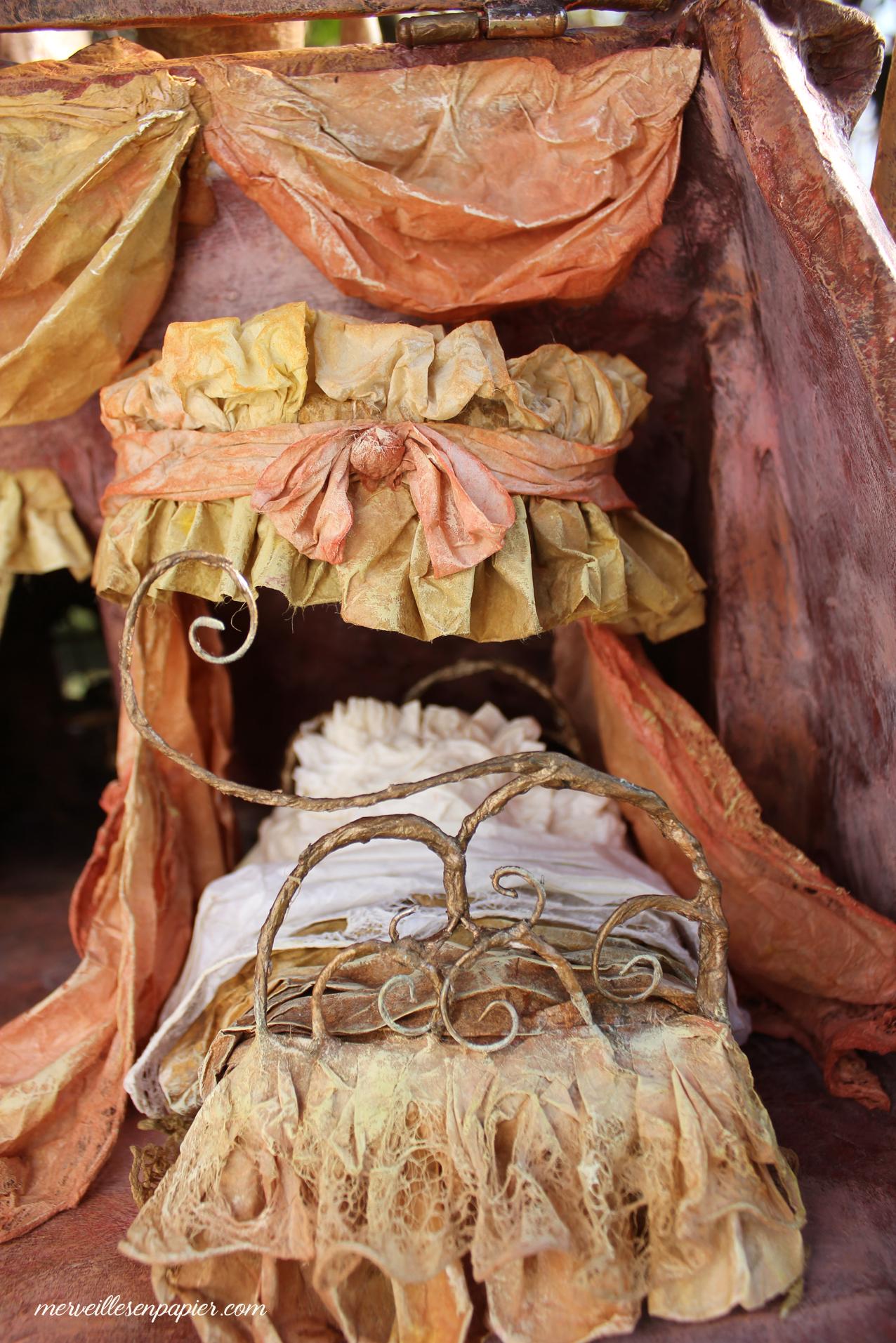 canopy-bed-dollhouse.jpg