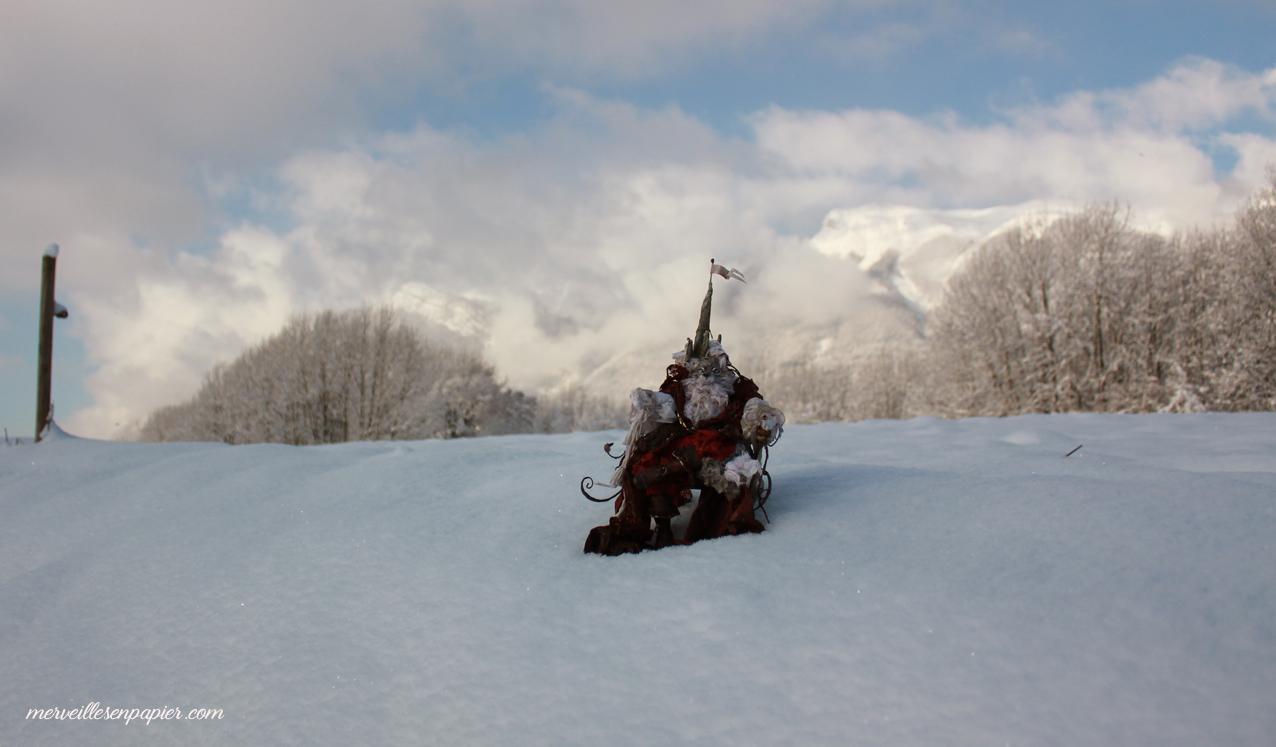 winter-wolf-1.jpg