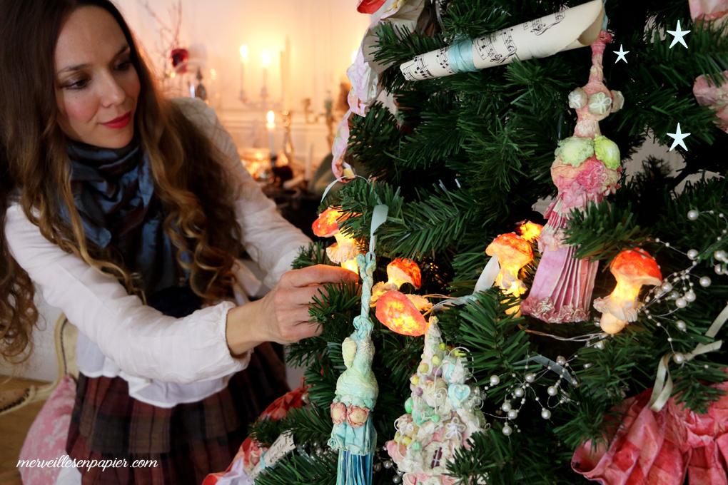 Christmas paper Ornaments Workshop