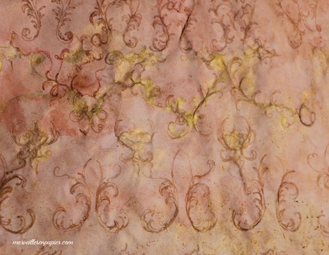 Baroque pink paper