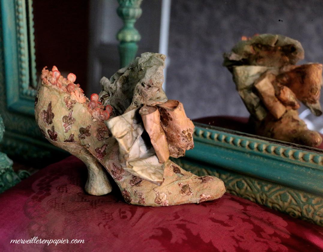 Cinderella 's slipper