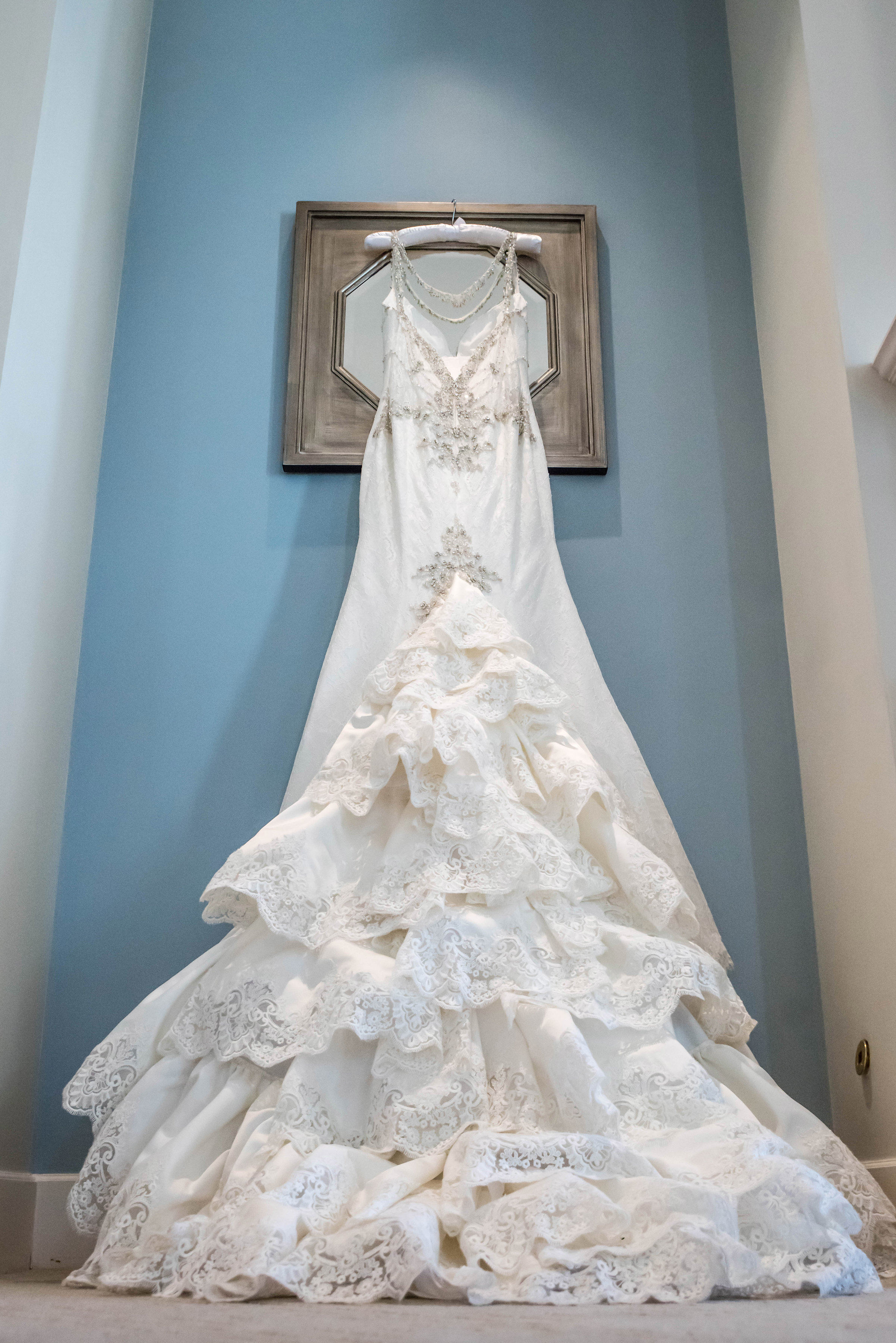 lace-bridal-gown