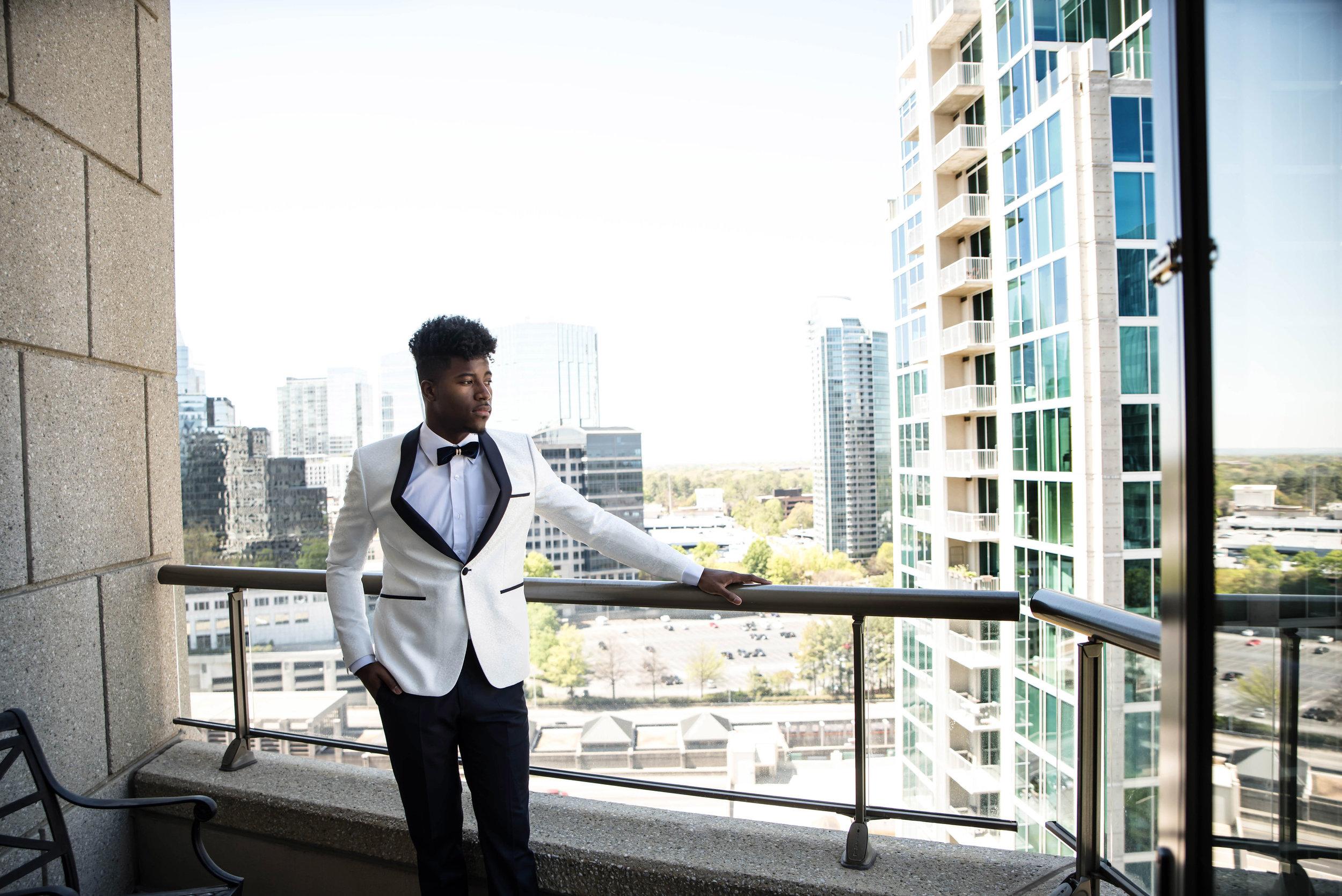 groom-on-balcony