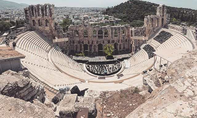 some things change, some just stay the same 🎭 #athens #travelbook