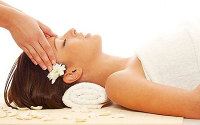 Fassage - Fassage begins with a full body massage and ends with an express facial massage, which offers a regimen for healthy skin that provides cleansing, purifying and rehydrating.