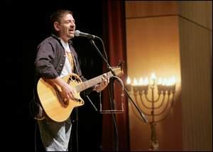 Yosi's Solo Hanukkah Show!