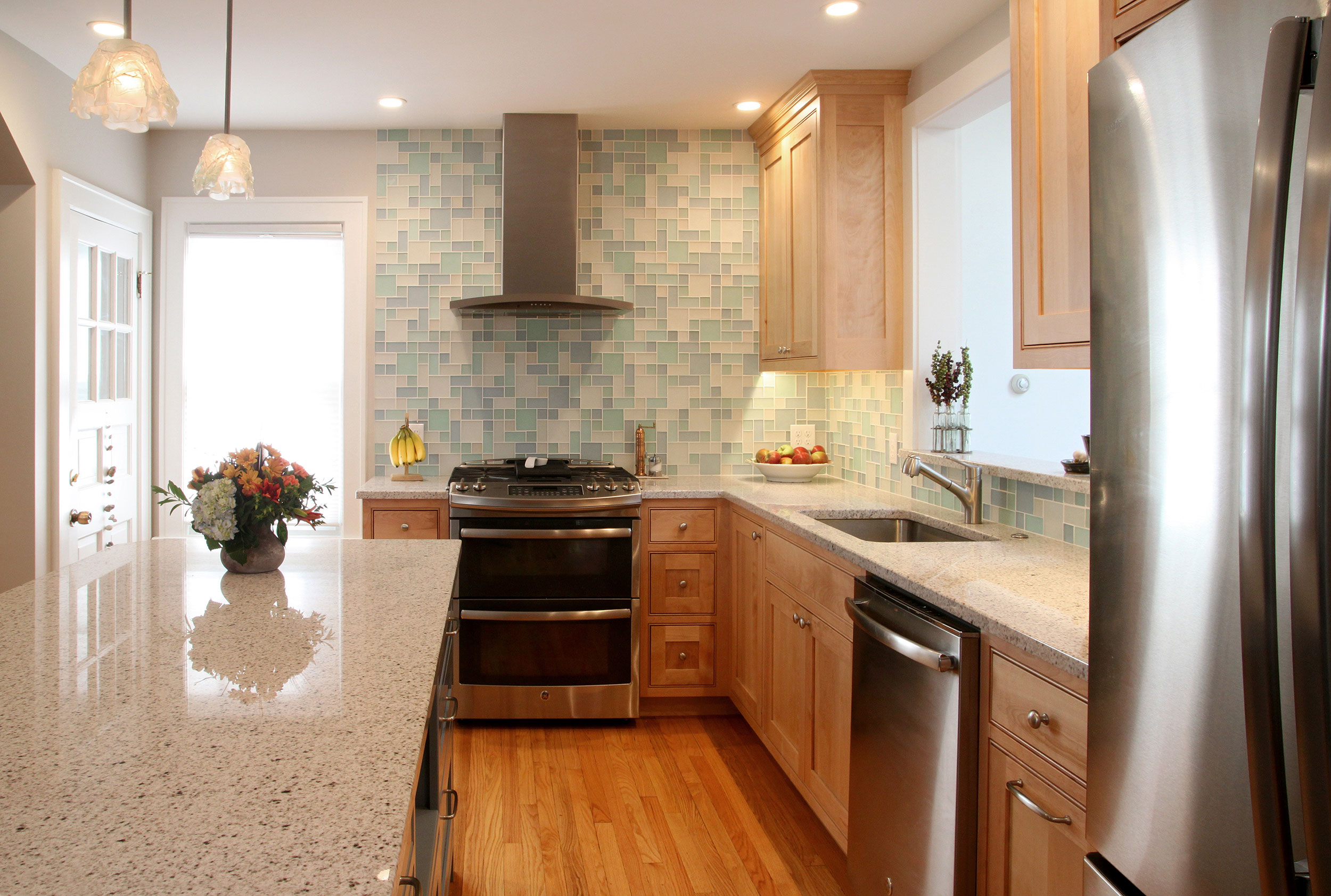 Light airy kitchen maximizes small space